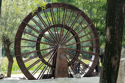 赣州木质水车